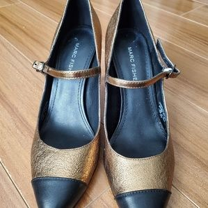 Gold and Black Pointed Heels Size 6.5